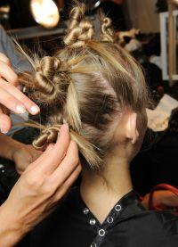 прически на длинные волосы 2015 3