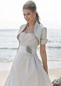 Прически под короткое платье 5
