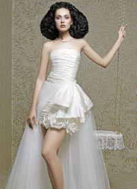 Прически под короткое платье 8
