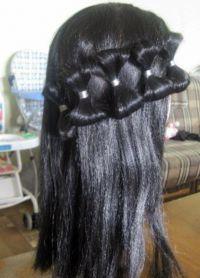 прически с резинками для волос 3