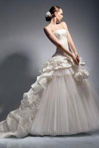 шикарные свадебные платья со шлейфом 3
