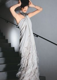 Свадебные платья в стиле гангстеров - не исключение.  Лаконичный слегка простоватый фасон такого наряда с лихвой.