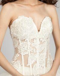 Свадебные платья с кружевным корсетом