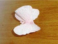 Бабочки из гофрированной бумаги22