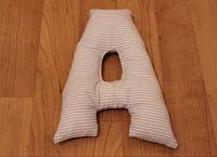 Подушки-буквы своими руками15