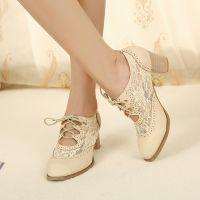 Туфли на широком каблуке 1