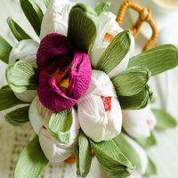 тюльпаны из гофрированной бумаги 12
