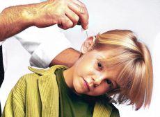 Как капать борную кислоту в ухо детям