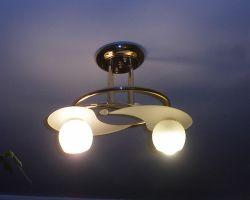 Как крепить люстру к гипсокартонному потолку
