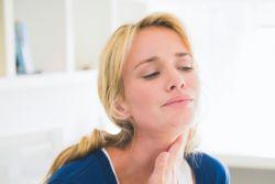 Можно ли полоскать горло фурацилином при ангине