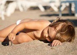 Перегрев на солнце ребенка