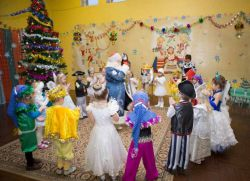 Новогодние танцы для детей