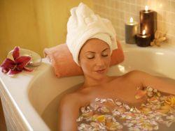 Через сколько после родов можно принимать ванну?