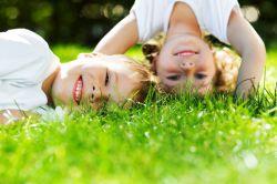 Интересные игры для детей на улице летом