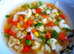 суп из смеси замороженных овощей