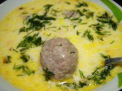 сырный суп с фрикадельками и вермишелью
