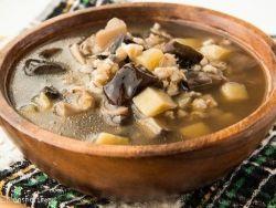 грибной суп из замороженных грибов с перловкой