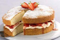 Тортик из готовых бисквитных коржей