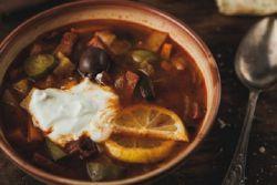 Как приготовить суп мясная солянка с грибами