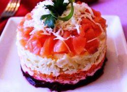 Салат под шубой с красной рыбой и корейской морковью