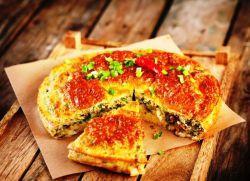 быстрый пирог с рисом и рыбными консервами