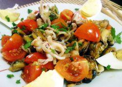 салат морской коктейль с брынзой рецепт фото