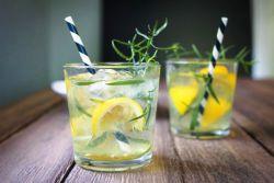 рецепт домашнего лимонада с тархуном и клубникой