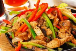 Фрікасе з курки з грибами - рецепт