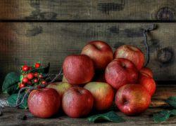 Какие витамины содержат яблоки