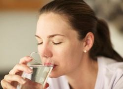 Может ли быть температура при молочнице - дает ли болезнь жар у женщин