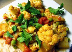 Рецепт овочевого рагу з картоплею і капустою