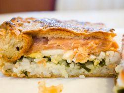Рибний пиріг з листкового тіста