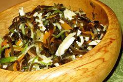 салат витаминный из морской капусты