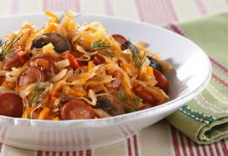 солянка с сосиской из свежей капусты