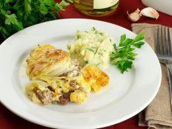 мясо под грибами и сыром