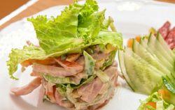 рецепт салата нежность с ветчиной