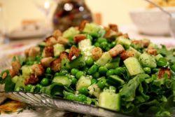 салат огурец зеленый горошек