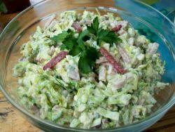 Как приготовить салат с капусты и колбасы