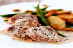 свинина в сметанно чесночном соусе