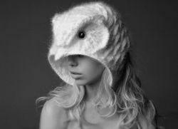 оригинальные вязаные шапки для женщин