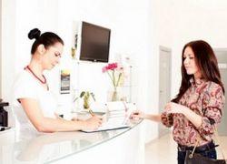 Когда нужно идти к врачу первый раз при беременности