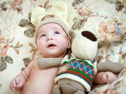 почему грудной ребенок часто икает