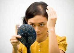 Выпадают волосы у подростка 13 лет