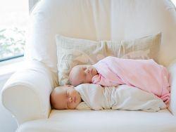Подушка для новорожденного фото