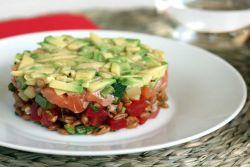 Салат с семгой слабосоленой - правильные рецепты - Как вкусно
