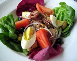 Салат нисуаз – традиционное французское блюдо