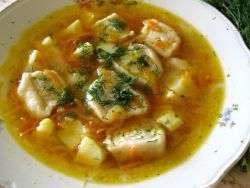 суп из пельменей с картошкой