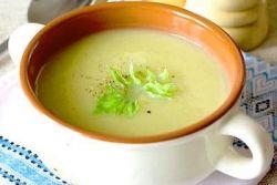 суп из сельдерея и брокколи
