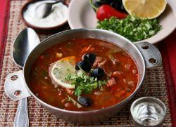 Суп солянка с колбасой
