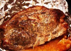 Как вкусно запечь в духовке свиную шейку